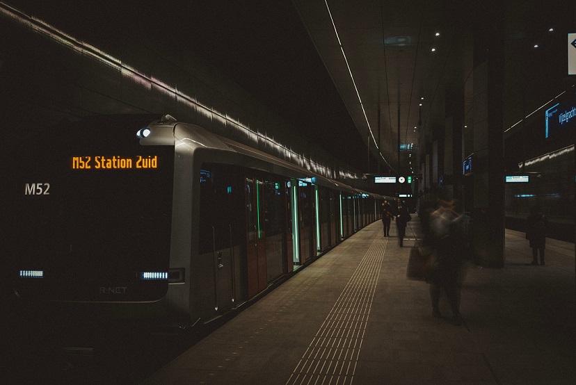 Wordt de elektrische step in Amsterdam een ideale toevoeging op metro en trein om je te verplaatsen?